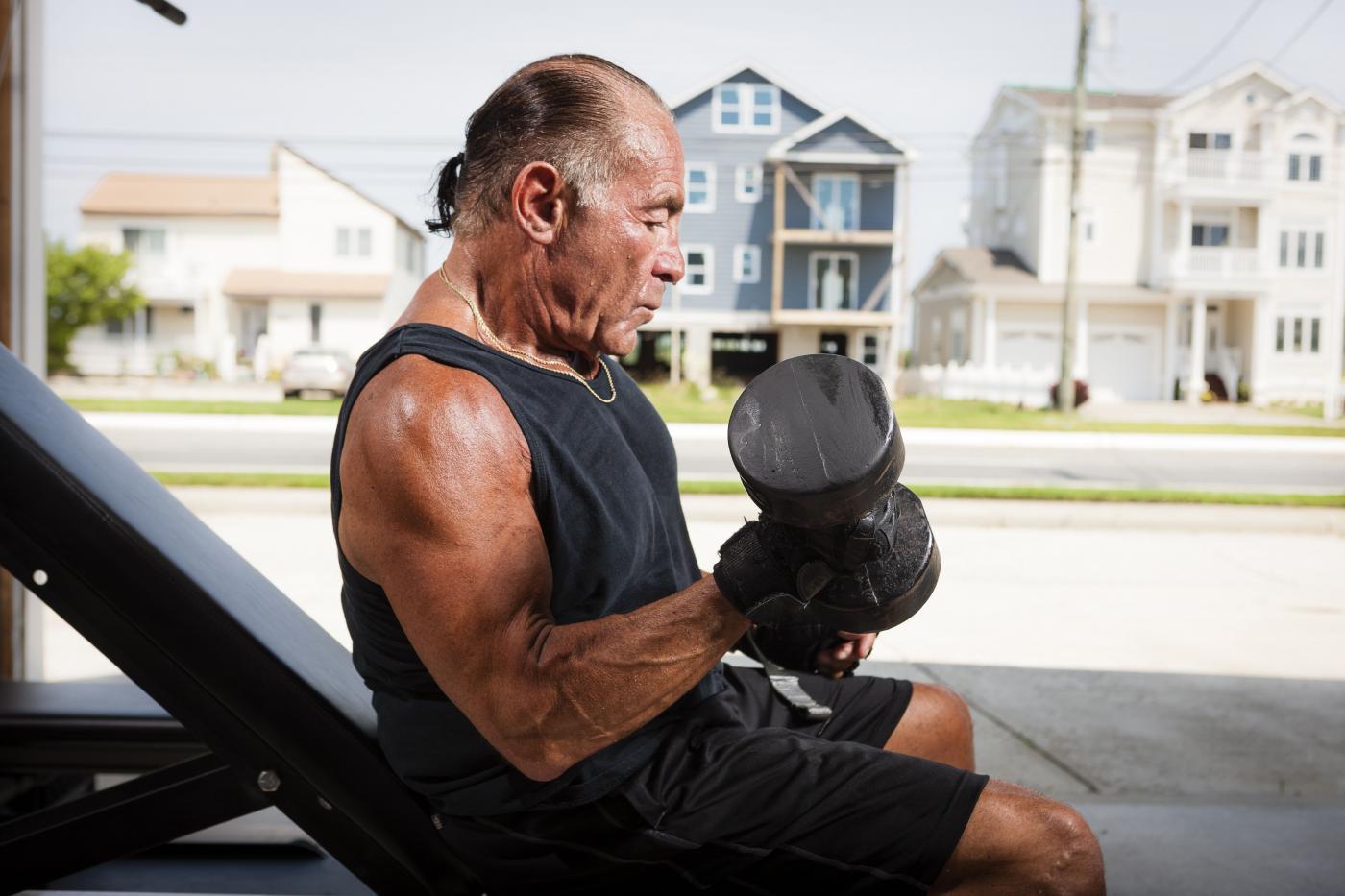 testedzés magas vérnyomásért idősek számára